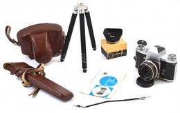 Praktica IV F. Fénykézgép Tokjában, Carl Zeiss Tessar 50mm F2.8 M42-es Objektívvel, Szemkagylóval, Kioldó Kábellel, állv - Macchine Fotografiche