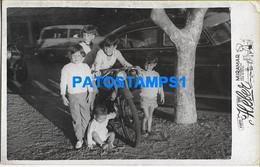 160473 ARGENTINA MIRAMAR COSTUMES BOY'S AND MOTORCYCLE MOTO PHOTO NO POSTAL POSTCARD - Argentine