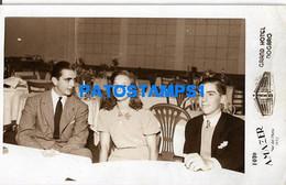 160484 ARGENTINA MAR DEL PLATA GRAN HOTEL NOGARO INTERIOR COSTUMES MAN AND CHILDREN 1942 PHOTO NO POSTAL POSTCARD - Argentine