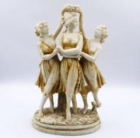 """Sculpture """"  Les  3  Graces """" En Albatre Ou Pierre Dure - Autres"""