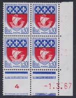 France N° 1354 B XX : Armoiries De Paris En Bloc De 4 Coin Daté Du 1 . 3 . 67 : 1 Point Blanc, Sans Charnière, TB - 1960-1969