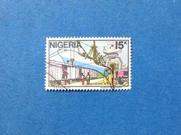 1986 NIGERIA FRANCOBOLLO USATO STAMP USED ACTIVITIES IN A PORT 15 K - Nigeria (1961-...)