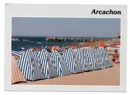 CPMGF  Ed Combier  -  Arcachon  Sa Plages Avec Ses Tantes Cabines Rayées De Bleu Et Blanc, Les Jetées - Arcachon