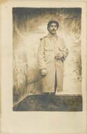 CARTE PHOTO DE VIERZON 12/1916 ENVOI A FRIEDRICHSFELD  CAMP DE PRISONNIERS - War 1914-18