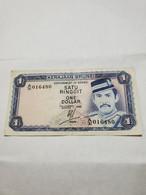 BRUNEI 1 Ringgit/Dollar , 1985. VF+. - Brunei
