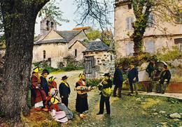 Folklore D'Auvergne Folklore Issoirien à Ternant Les Eaux Vielle Et Cabrette (Carte Vierge) - Auvergne
