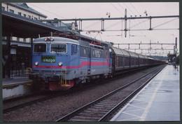 "Photo Format CPSM - Suède - Rame Marchandises ""Green Cargo"" - Voir Scan - Trains"
