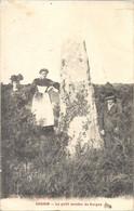 CPA Gourin Le Petit Menhir De Kerguz - Gourin