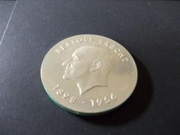 DDR 10 Mark 1973 Gedenkmünze Zum 75 Geburtstag Von Bertolt Brecht 1898-1956 (silber) - Otros