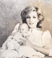 LADY DIANA - LONDRA 1984 - FOTOGRAFIA - DELLA PRINCIPESSA DIANA E IL PICCOLO HENRY - DUCA DI SUSSEX - Unclassified