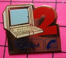 SP06 Pin's Pins / Beau Et Rare / THEME : FRANCE TELECOM / MINITEL 2 - Telecom Francesi