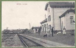 CPA - MEURTHE ET MOSELLE - MOYEN - LA GARE - Le Quai Animé - E. Bastien - Other Municipalities