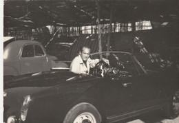 12111.  Fotografia Vintage Uomo Auto Car Anni '60 Italia - 10x7 - Cars