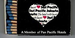 BOITE  ALLUMETTES: Sari Pacific Jakarta  - ( Indonesia )- Japan Air Lines - Matchboxes
