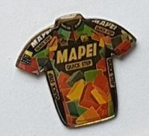 Pin's  Sport  Cyclisme  Maillot  MAPEI  QUICK . STEP - Cycling