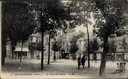 CPA Pithiviers Loiret, La Place Des Halles - Altri Comuni