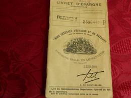 FRAMERIES: LIVRET D'EPARGNE  DE PITOT FERNAND RUE DE QUAREGNON 69 AVEC TIMBRES FISCAUX DE 10000-5000 FRANCS - Unclassified