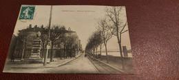 Ancienne Carte Postale - Vienne - Place Du Jeu De Pomme - Vienne