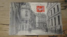 PARIS : Rue Lepic   ................ 210512-4422 - Arrondissement: 18