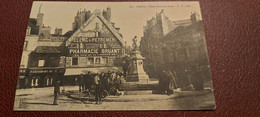 Ancienne Carte Postale - Dijon - Place François Rude - Dijon