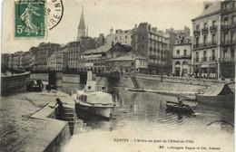 NANTES  L'Erdre Au Pont De L' Hotel De Ville  RV - Nantes
