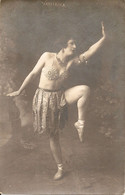 VALIERINA Danseuse A Transformation - Geïdentificeerde Personen