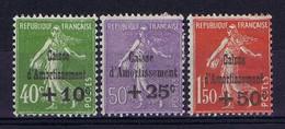 France: Yv 275 - 277  MH/*, Mit Falz, Avec Charnière 1931 Caisse D'Amortissement - Ohne Zuordnung