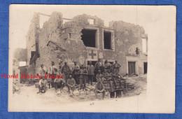 CPA Photo D'un Poilu - Vers VERDUN à Situer - Soldat Poste De Secours Medical WW1 Avocourt ? Champ Bataille Tranchée - Guerra 1914-18
