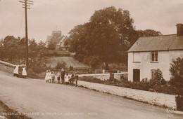 CPA-PAYS DE GALLES-WALES-NEWPORT-Bassaleg Village And Church - Otros