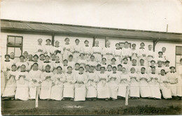 1914 Portvrij S.M.  Legerpost Uit Vluchtoord EDE - Kaart Met Foto Voor Barak Met Breisters In Vluchtoord EDE - War 1914-18