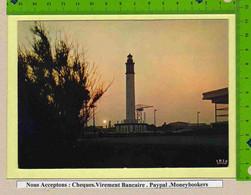 DUNKERQUE : Le Crepuscule Sur Le Phare - Dunkerque
