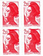 YT 2376 ** - Liberté 2,20 Rouge - Variété Bloc De 4 Avec Tache Sur Cadre - Abarten: 1980-89 Ungebraucht