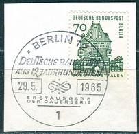 A01-04-10) Berlin - Mi 248 ⨀ Auf Δ - 70Pf   Bauten Klein - Gebruikt