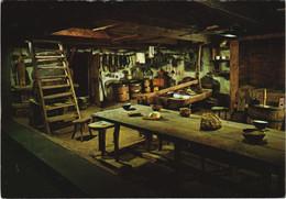 CPM SAINT-URCIZE La Fabrication Du Fromage En Aubrac Vers 1913 (1117294) - Otros Municipios