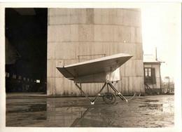 ISSY LES MOULINEUAX . 1912 . MONOPLAN ARNOUX VU DE COTE - Aviation