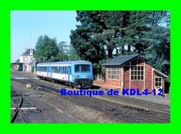AL 513 - Autorail Caravelle Quittant La Gare - CLISSON - Loire Atlantique - SNCF - Trenes