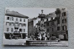Cpsm, Morez, Place Du Marché Et La Fontaine, Jura 39 - Morez