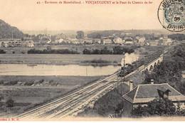 VOUJAUCOURT : Le Pont Du Chemin De Fer - Tres Bon Etat - Autres Communes