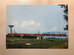 Train MAV MDmot Szolnok Zagyva River Bridge Water Tower Hungary M0086 Post Card POSTCARD - Trains
