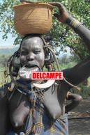 F29 PHOTOGRAPHIE ETHNIQUE AFRIQUE ETHIOPIE TRIBU MURSI FEMME PLATEAU SEIN NU PEUPLE TRIBAL NUE ETHNIC AFRICA NUDE WOMAN - Etiopía