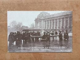 Atterrissage De Becheler Sur Caudron à Ailes Repliablesrepliables-Photo Meurisse - Photographs