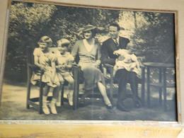 BELGIQUE :PHOTO 17X26 DE MARCHAND BRUXELLES AVEC LA FAMILLE ROYALE BELGE LEOPOLD III ET ASTRID ET LES ENFANTS - Altri