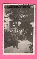 Venezia  Settembre 1944 RSI Militare Di Guardia Ai Giardini Con Fucile E Baionetta - Guerra, Militares