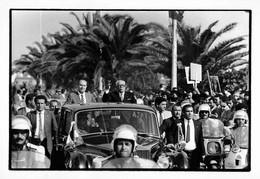 TUNISIE TUNIS #PP1072 POLITIQUE FRANCOIS MITTERAND ACCUEILLI PAR LE PRESIDENT HABIB BOURGUIBA ROLLS ROYCE 1983 - Andere