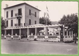 Belle CPSM CAVALAIRE Sur Mer HOTEL Des MAURES 83 VAR - Otros Municipios