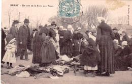 29 - Finistere -  BREST - Un Coin De La Foire Aux Puces - Brest