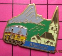 SP09 Pin's Pins / Beau Et Rare / THEME : TRANSPORTS / AUTOBUS ROUTIER SUISSE SCHMITTEN ALBULATAI EGLISE MONTAGNE N°144 - Transportation