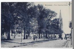 Cpa Bon Etat ,   Marennes  , Place Chaneloup - Laubat , Carte Rare - Marennes