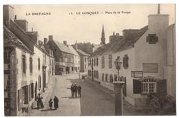 CPA 29 - LE CONQUET (Finistère) - 13. Place De La Pompe - Le Conquet