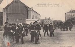 50  Cherbourg,voyage Présidentiel  , Presentation Des Chefs De Service Dans L'arsenal - Cherbourg